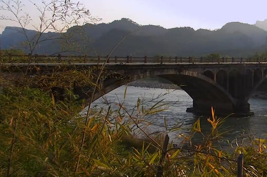 武夷山人文风景山水美景湖面竹筏风景区高清实拍视频素材