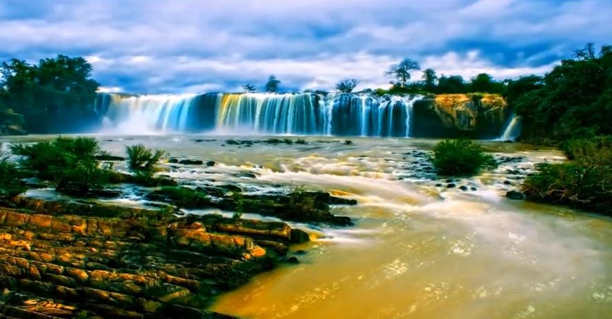 唯美梦幻瀑布流水蓝天白云风景素材 震撼瀑布动态后期视频素材